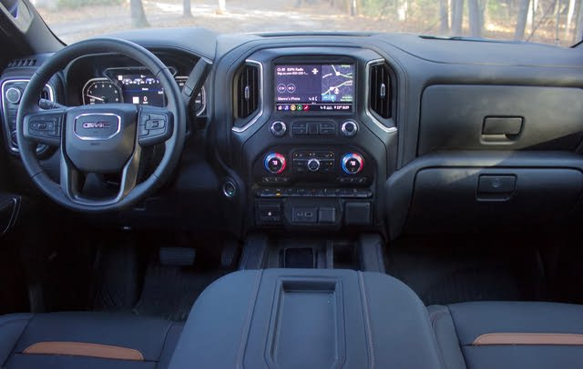 Front dash area of the 2020 GMC Sierra 1500., gallery_worthy