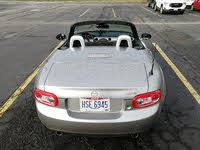 Foto de un 2011 Mazda MX-5 Miata Touring with Retractable Hardtop, exterior, gallery_worthy