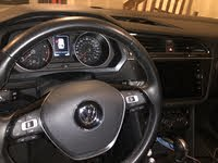 Picture of 2018 Volkswagen Tiguan SE 4Motion AWD, interior, gallery_worthy