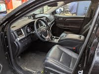 Picture of 2018 Toyota Highlander Hybrid Limited, interior, gallery_worthy