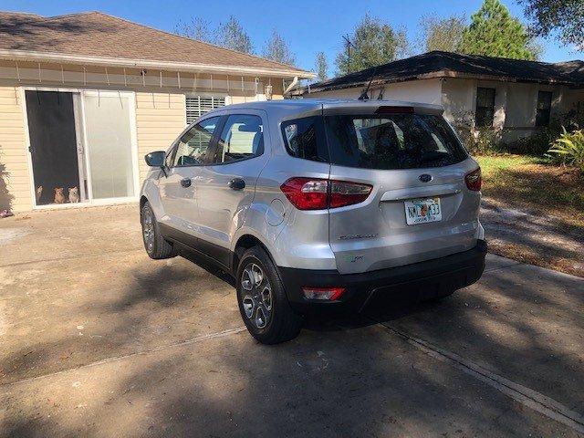 Foto de un 2019 Ford EcoSport S FWD