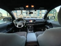 Picture of 2017 Toyota Tacoma TRD Sport V6 Access Cab 4WD, interior, gallery_worthy
