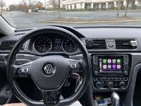 Picture of 2017 Volkswagen Passat R-Line, interior, gallery_worthy