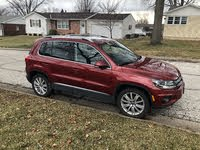 Picture of 2013 Volkswagen Tiguan SE with Sunroof and Navigation, exterior, gallery_worthy