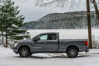 2020 Nissan Titan Picture Gallery