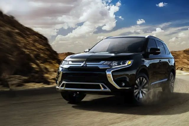 2020 Mitsubishi Outlander, Front-quarter view, exterior, manufacturer, gallery_worthy