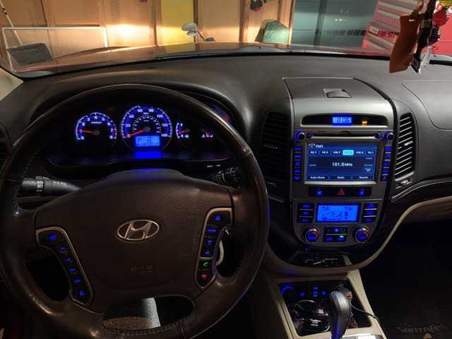 Picture of 2010 Hyundai Santa Fe 3.5L Limited FWD, interior, gallery_worthy