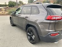 Picture of 2018 Jeep Cherokee Latitude FWD, exterior, gallery_worthy