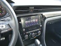 2020 Volkswagen Passat R-Line Infotainment System, interior, gallery_worthy