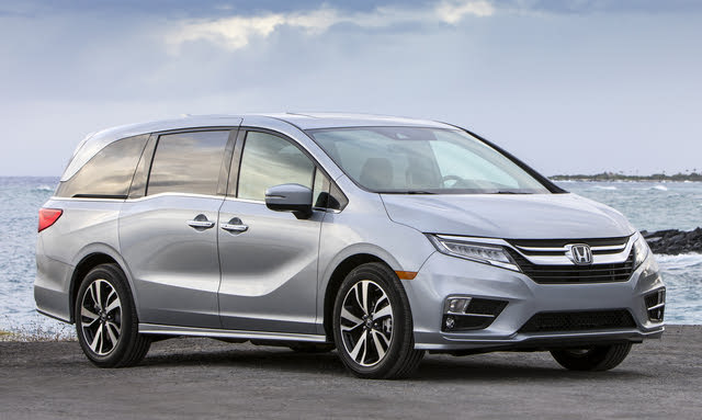 2020 Honda Odyssey, Front-quarter view, exterior, manufacturer, gallery_worthy