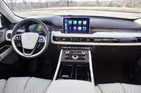Front dash area of the 2020 Lincoln Aviator, gallery_worthy
