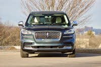 Front profile of the 2020 Lincoln Aviator, exterior, gallery_worthy