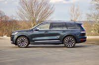 Side profile of the 2020 Lincoln Aviator, gallery_worthy