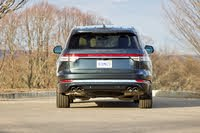 Rear 3/4 profile of the 2020 Lincoln Aviator, exterior, gallery_worthy