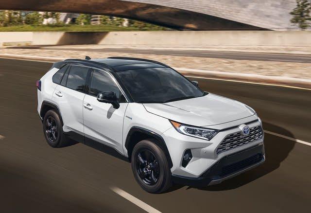 2020 Toyota RAV4 Hybrid, Front-quarter view, exterior, manufacturer, gallery_worthy