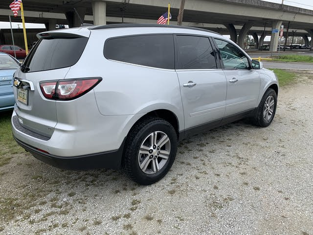 Picture of 2017 Chevrolet Traverse 2LT FWD