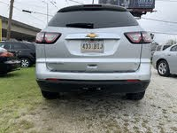 Picture of 2017 Chevrolet Traverse 2LT FWD, exterior, gallery_worthy