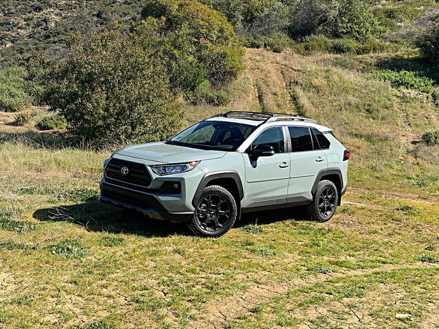 2020 Toyota RAV4 TRD Off-Road Lunar Rock Gray Front View