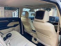 Picture of 2017 Toyota Highlander Limited, interior, gallery_worthy
