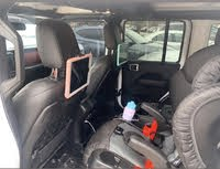 Picture of 2019 Jeep Wrangler Unlimited Rubicon 4WD, interior, gallery_worthy