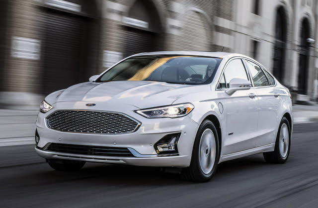 2020 Ford Fusion Hybrid Plug-in, Front-quarter view, exterior, manufacturer, gallery_worthy