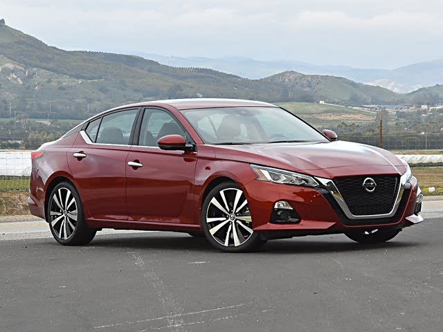 2020 Nissan Altima Platinum VC-Turbo Red Front