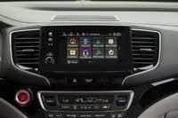 2020 Honda Pilot touchscreen, gallery_worthy