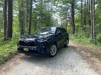 2020 Toyota Highlander Limited, gallery_worthy