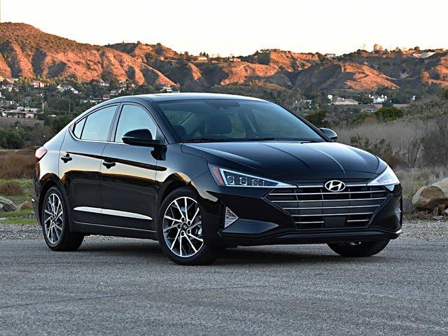 2020 Hyundai Elantra Limited Front Quarter View
