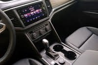 2021 Volkswagen Atlas center console, interior, gallery_worthy