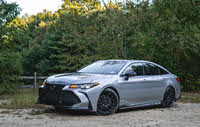 2020 Toyota Avalon front three quarter, exterior, gallery_worthy
