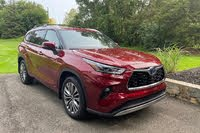 2020 Toyota Highlander Hybrid front three quarter, exterior, gallery_worthy