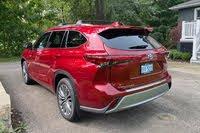2020 Toyota Highlander Hybrid rear three quarter, exterior, gallery_worthy