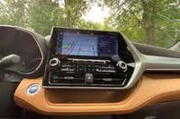 2020 Toyota Highlander Hybrid touchscreen, interior, gallery_worthy
