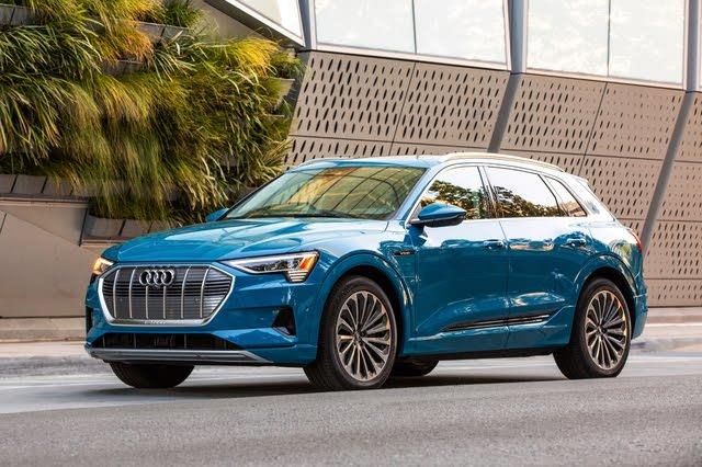 2021 Audi e-tron front three quarter