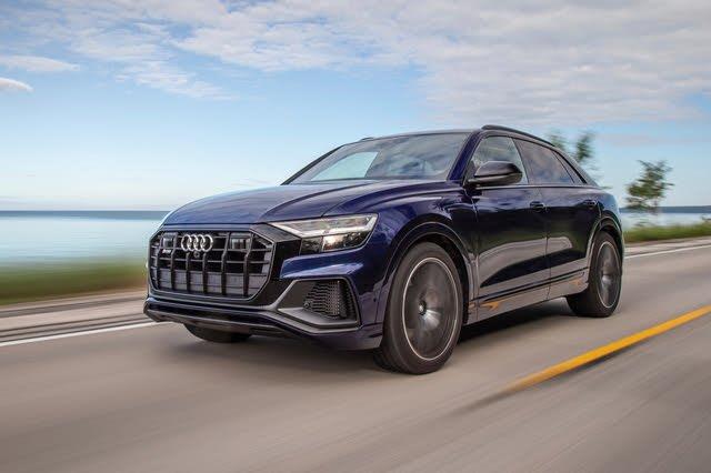 2021 Audi SQ8 action