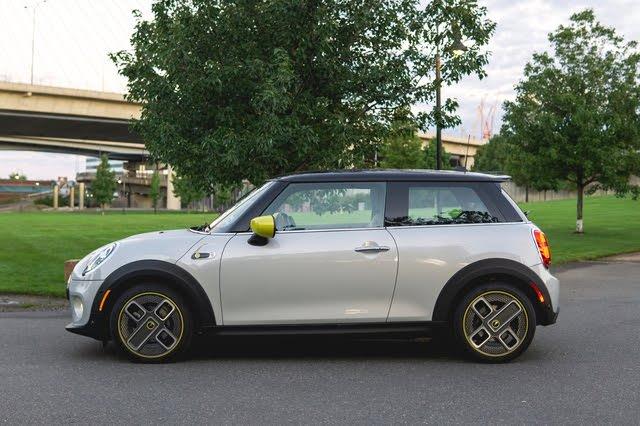 2020 Mini Cooper SE profile