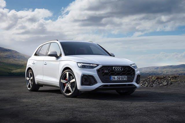 2021 Audi SQ5 (European model) front three quarter, exterior, manufacturer, gallery_worthy