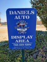 Daniels Auto logo
