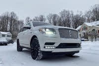 2021 Lincoln Navigator front three quarter, exterior, gallery_worthy